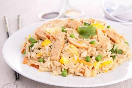 huevos fritos: arroz frito