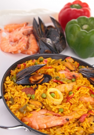 cooked paella photo