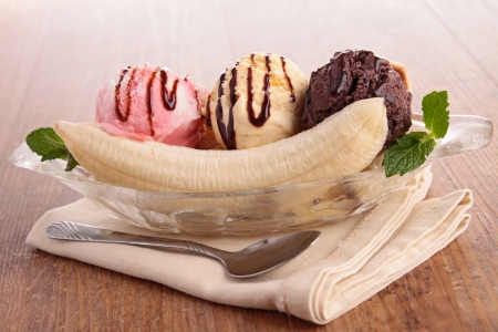 グルメ バナナの分割 写真素材
