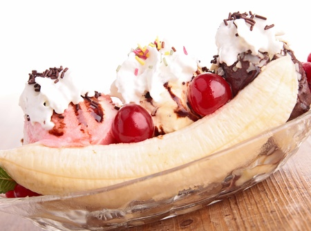 gourmet banana split photo