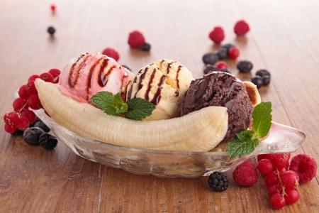 split: banana split Stock Photo