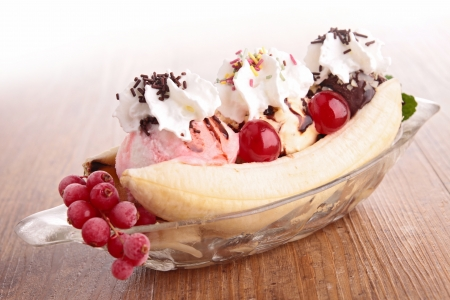 banana split Stock Photo - 18944918
