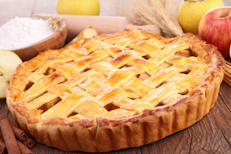apple tart: cooked apple pie