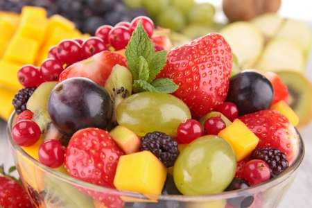 ensaladas de frutas: primer plano de ensalada de frutas Foto de archivo