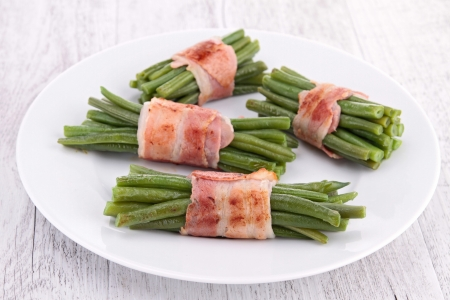 green bean wrapped in bacon Stock Photo - 19492979