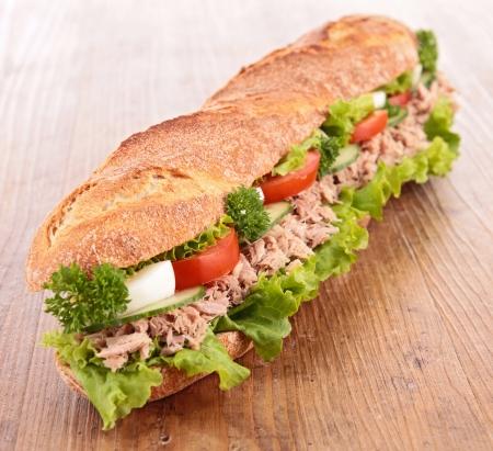 sandwich: s?ndwich