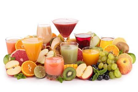 grape juice: fruit juices isolated on white