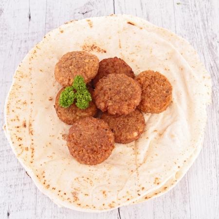 falafel: pita bread and falafel