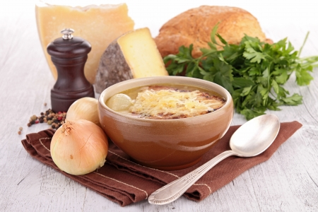 bowl of onion soup photo