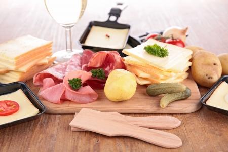 Raclette y los ingredientes Foto de archivo - 24177488