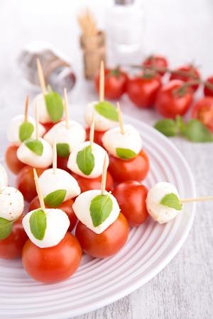 fingerfood: fingerfood, tomato and mozzarella
