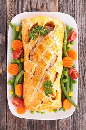 meat pie: meat pie and vegetable