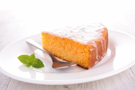 carrot cake: carrot cake