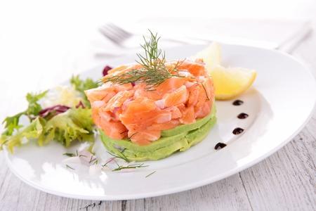 kulinarne: kuchnia kulinarne, sałatka z łososia i awokado