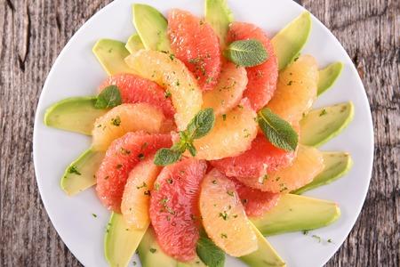 grapefruit: grapefruit and avocado