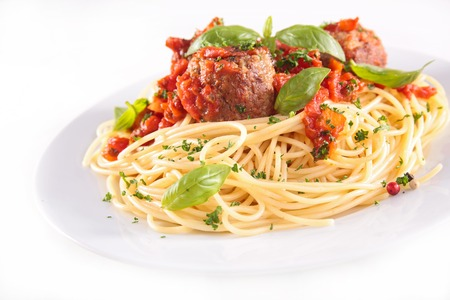 salsa de tomate: espaguetis con alb�ndigas y salsa de tomate