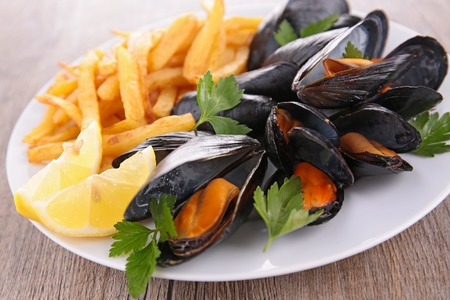 mussel: mussel and french fries