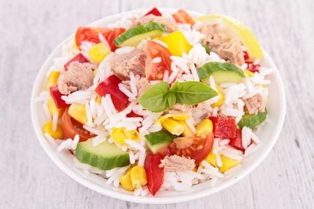 Salade de riz Banque d'images - 39695341