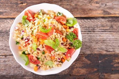 ensalada de verduras: ensalada de quinua