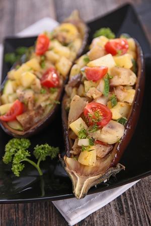 aubergine: baked aubergine with vegetables