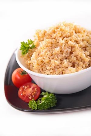 bulgur: bowl of bulgur,quinona