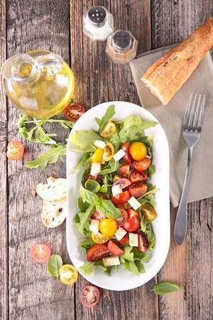 ensalada tomate: Ensalada de tomate