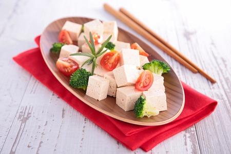 alimentary: tofu salad