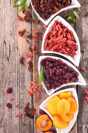 dried fruit: dried fruit