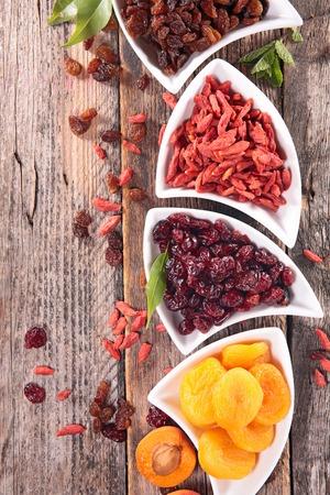 dried fruit: dried fruit