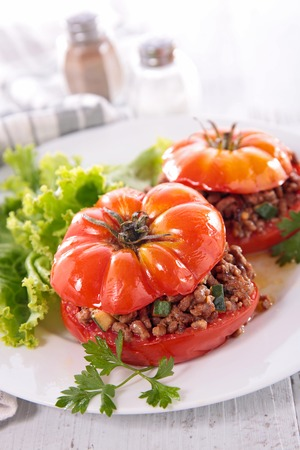 epicure: stuffed tomato with minced beef