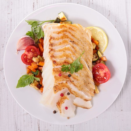 cooked fish: grilled fish fillet