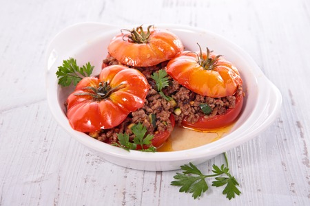 meat sauce: baked tomato with beef