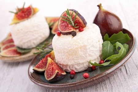 fig: goat cheese and fresh fig