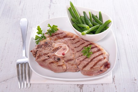 lamb chop: grilled lamb chop with bean