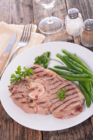 green bean: grilled meat and green bean Stock Photo