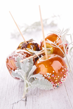 taffy: taffy apples