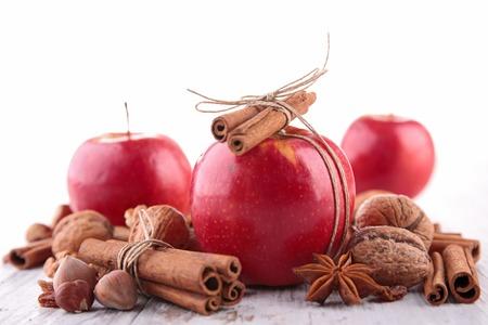 �pices: pomme et �pices Banque d'images