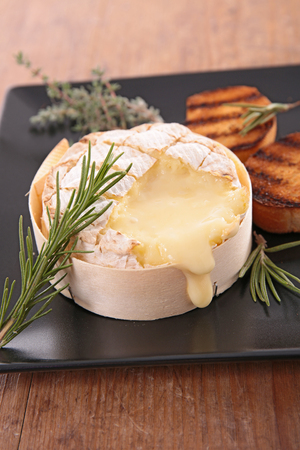 entrees: roasted camembert