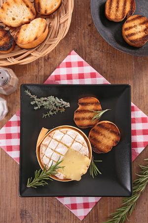 baked: baked camembert