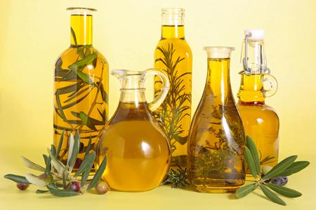 oil of olive: aceite de oliva