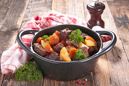 wine sauce: beef stew with wine sauce and vegetables