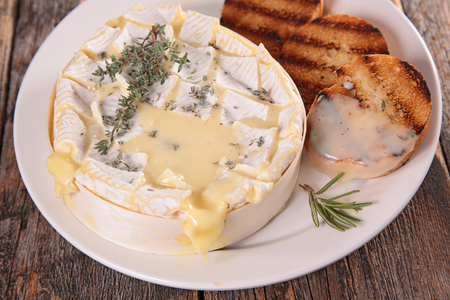 camembert: roasted camembert