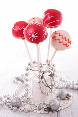 weihnachtskuchen: festive cake pop