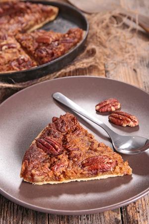 pecan pie: pecan pie,traditional thanksgiving dessert