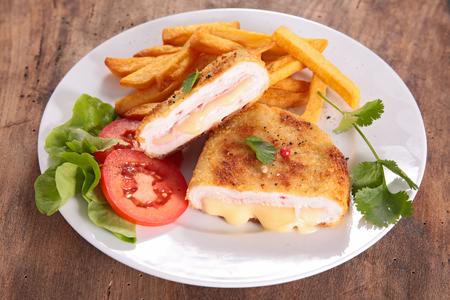 cordon bleu and french fries Zdjęcie Seryjne - 48437589