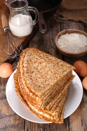crepe: crepe and ingredient