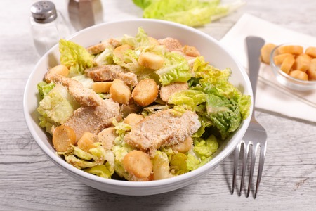 chicken caesar salad: chicken caesar salad Stock Photo