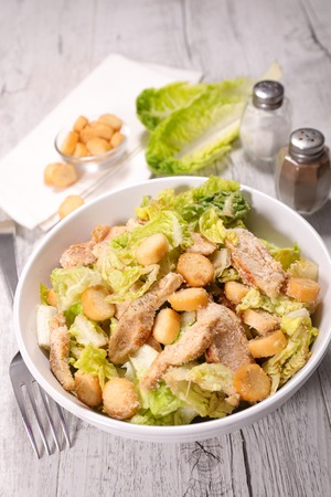 chicken caesar salad: chicken caesar salad Stock Photo