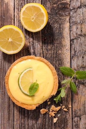 tart: lemon tart