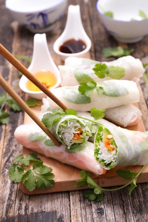 spring roll: fresh spring roll with noodle and vegetable Stock Photo